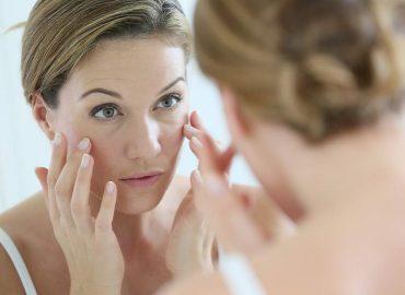 Ecco come contrastare l'invecchiamento precoce della pelle