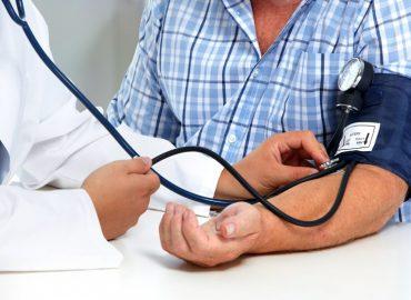 Caldo e pressione bassa: i consigli del cardiologo