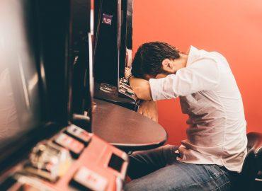 Gioco d'azzardo patologico: come riconoscere i sintomi della ludopatia