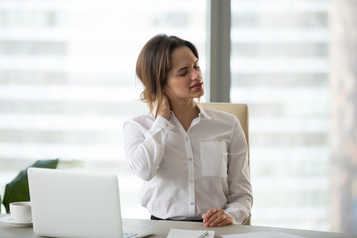 Cervicalgia: ecco come prevenire il mal di collo