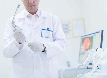 Visita proctologica: come si svolge e come prepararsi